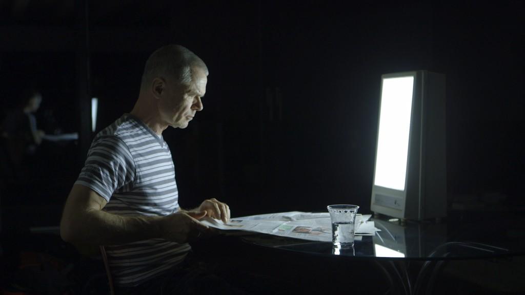 Jürgen Domian arbeitet nachts am Bildschirm und im Studio und kann ohne Melatonin nicht mehr einschlafen.