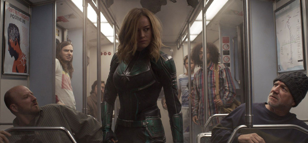 Captain Marvel in der U-Bahn